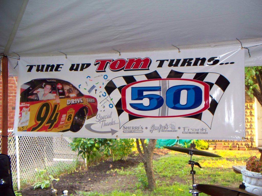 TOM'S 40